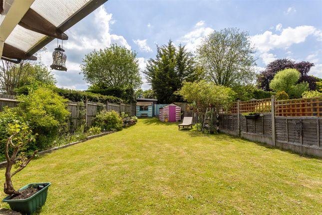 House-Rectory-Lane-Woodmansterne-Banstead-122