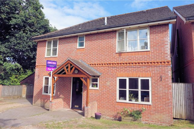 Thumbnail Detached house for sale in Upper Northam Road, Hedge End, Southampton