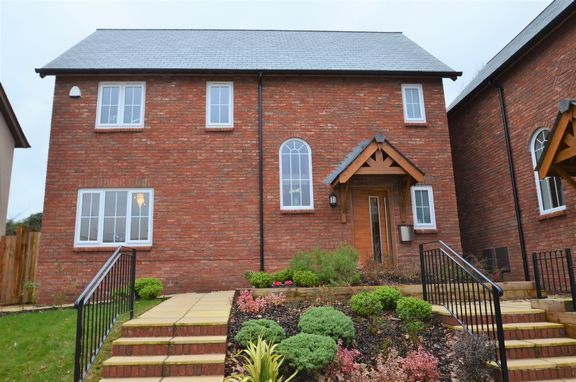 Thumbnail Detached house for sale in Aubyns Wood Rise, Tiverton