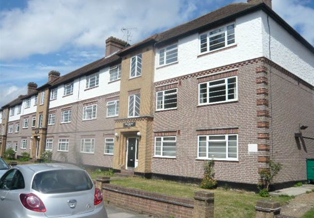 Thumbnail Flat for sale in Churchview Road, Twickenham