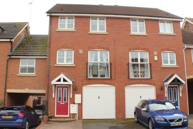 Thumbnail Town house to rent in Narrow Hall Meadow, Chase Meadow Square, Warwick