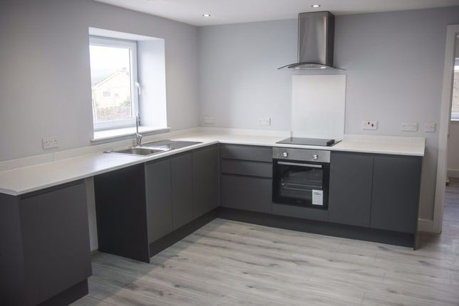 2 bed flat to rent in Southall Street, Brynna, Pontyclun CF72