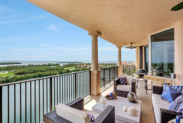Thumbnail Apartment for sale in 13611 Deering Bay Dr, Coral Gables, Florida, 13611, United States Of America