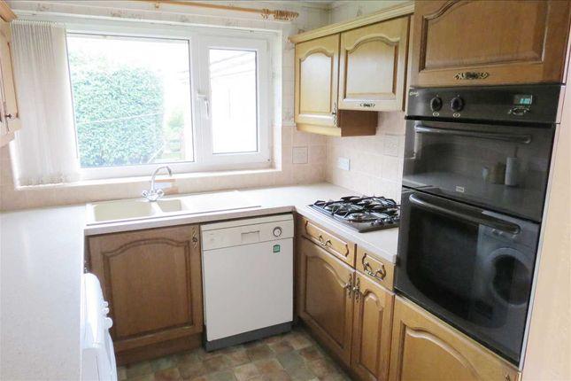 Kitchen: of Sleaford Road, Ruskington, Sleaford NG34