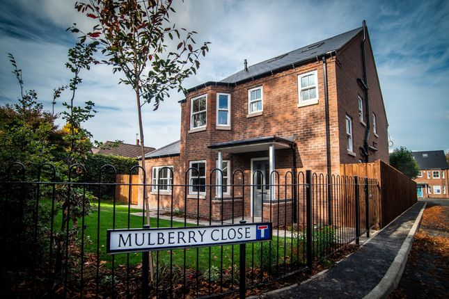 Thumbnail Detached house for sale in Hillside Road, Beeston, Nottingham
