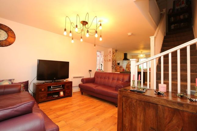 Thumbnail Property for sale in Carrfield, Hyde