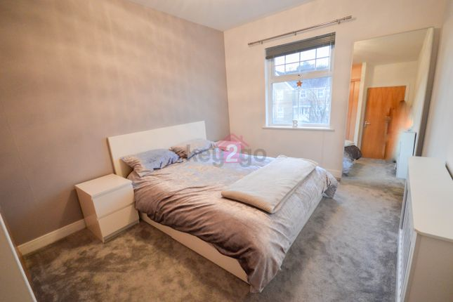 Bedroom One of Oxclose Park Gardens, Halfway, Sheffield S20
