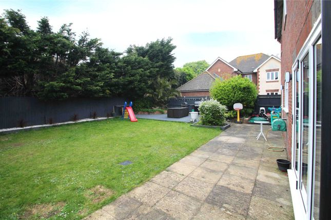 Picture No. 19 of Bramley Green, Angmering, West Sussex BN16