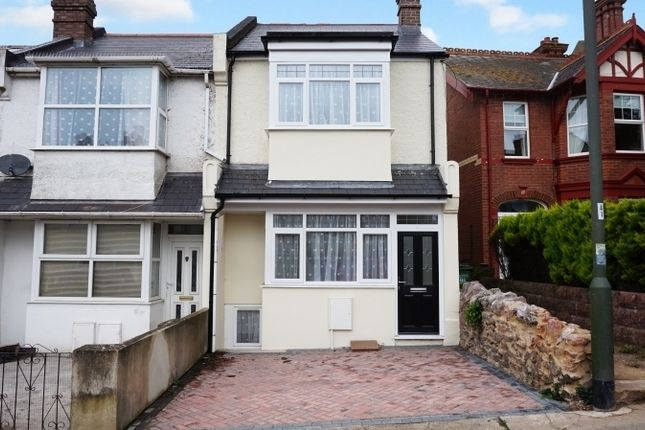 4 bed end terrace house to rent in Forest Road, Torquay