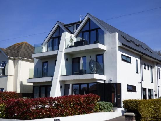 Thumbnail Town house to rent in Sandbanks Road, Poole, Dorset