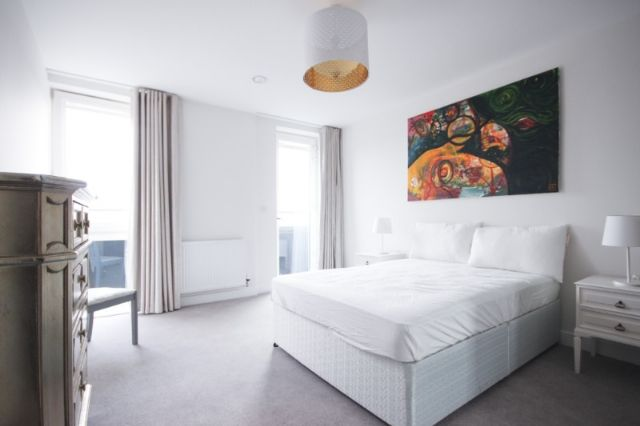 Thumbnail Flat to rent in Knightwood Court, Colonnade Gardens, Acton, London