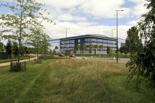 Thumbnail Industrial to let in DC8, Phase II, Prologis Park Hemel Hempstead