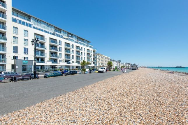Thumbnail Flat for sale in Beach Residences, Marine Parade, Worthing