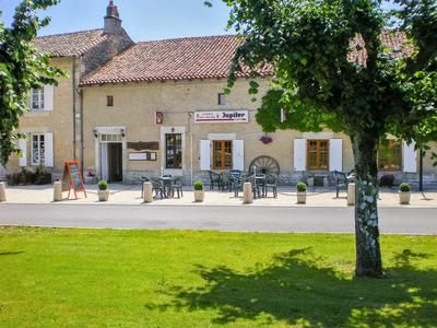 Pub/bar for sale in Civray, Vienne, France