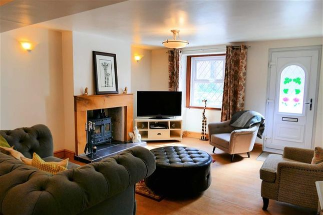Thumbnail Semi-detached house for sale in Quemerford, Calne