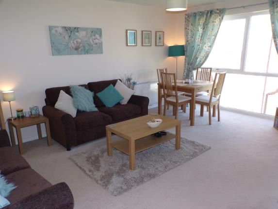 Thumbnail Flat for sale in Falkland Court, Braintree