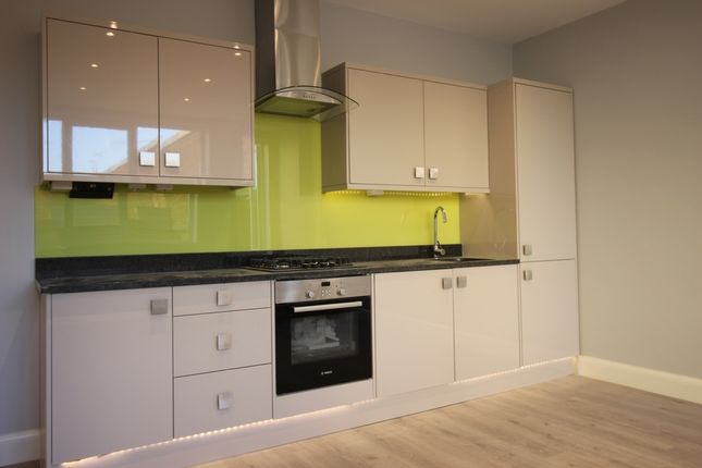 Thumbnail Maisonette to rent in Linthorpe Road, Stamford Hill