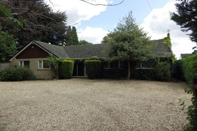 Thumbnail Bungalow to rent in Derryfields, Ashton Keynes, Swindon