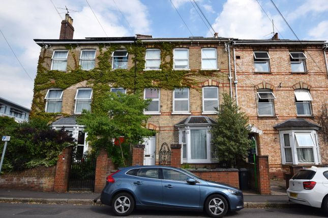 Thumbnail Flat to rent in College Road, St. Leonards, Exeter