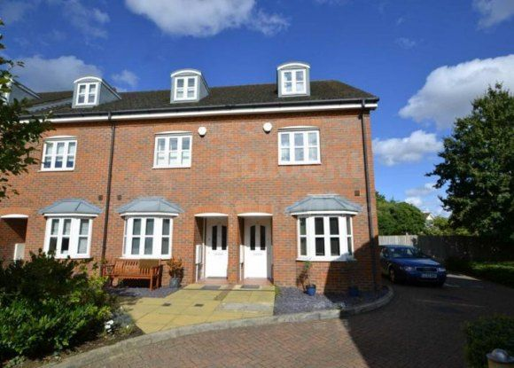 Room to rent in Silvergate, Ruxley Lane, Epsom, Surrey KT19