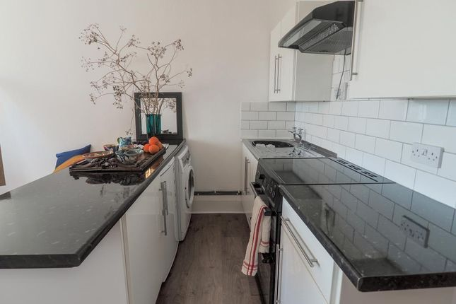 Kitchen Area of Pease Court, High Street, Hull HU1