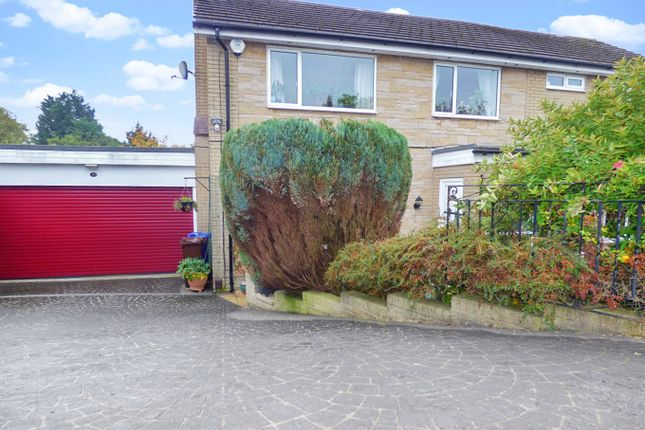 Thumbnail Detached house for sale in Meadow Close, Burnley, Lancashire