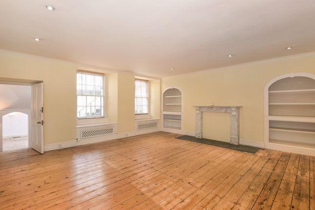 Thumbnail Flat to rent in Great Pulteney Street, Bathwick, Bath