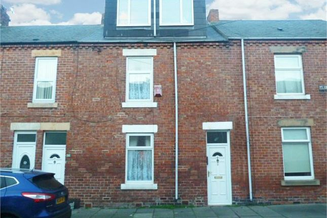 Thumbnail Terraced house for sale in Clarence Street, Seaton Sluice, Whitley Bay, Northumberland
