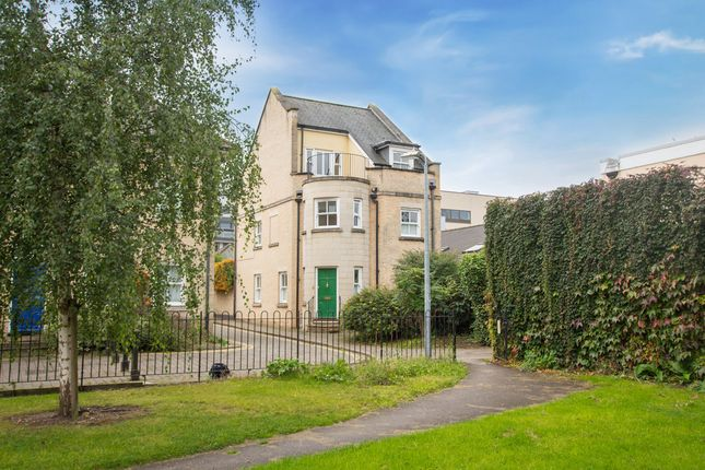 Thumbnail Detached house for sale in Flower Street, Cambridge