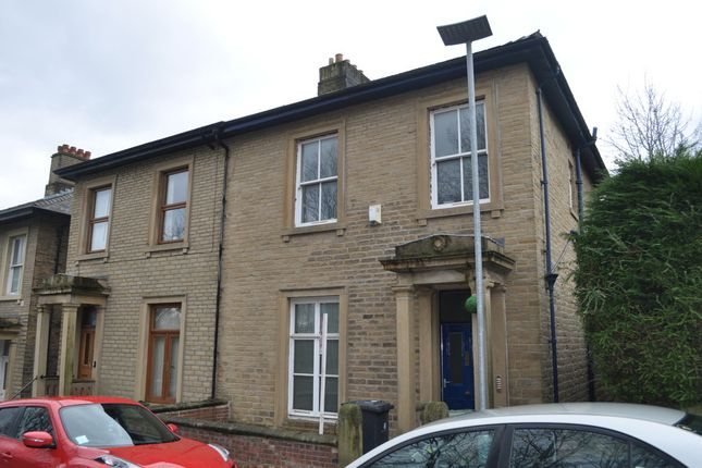 Thumbnail Detached house to rent in Belmont Street, Huddersfield