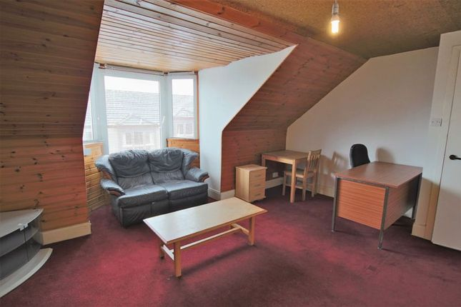 Lounge of Hilltown, Dundee DD3