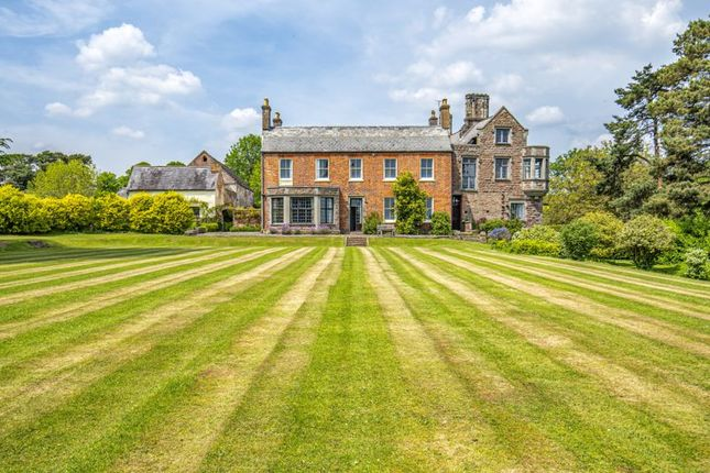 Country house for sale in Newnham Road, Blakeney