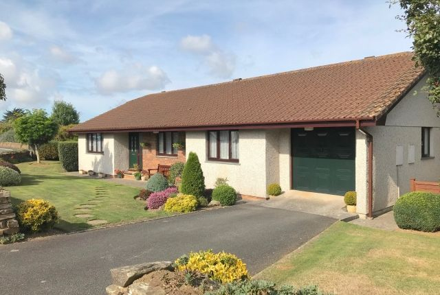 Thumbnail Bungalow for sale in Franklin Close, Wadebridge