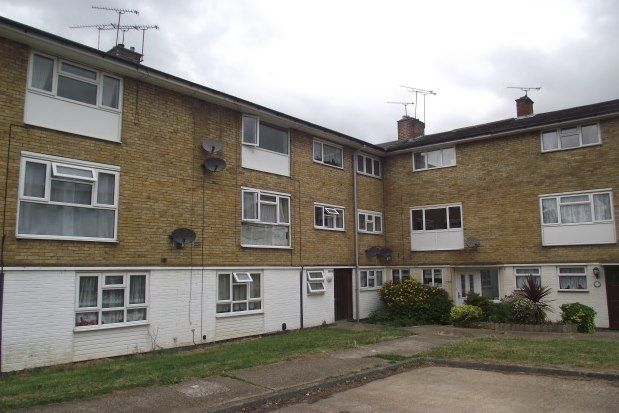 1 bed flat to rent in Long Riding, Basildon SS14
