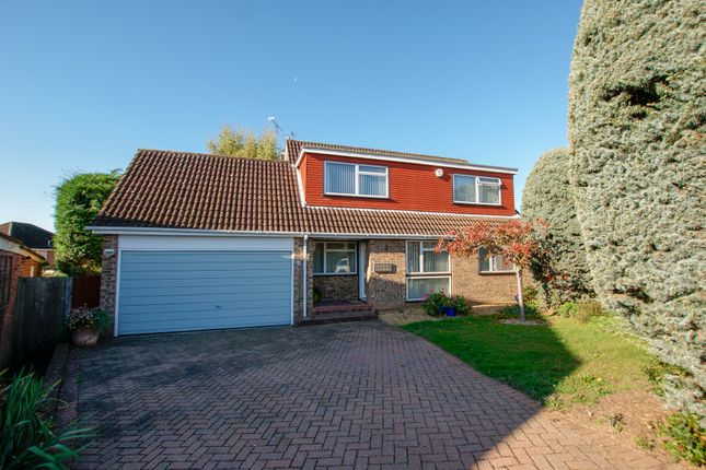 Thumbnail Detached house for sale in Whinchat Close, Hartley Wintney, Hook