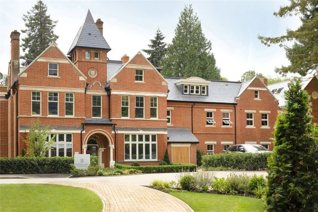 Thumbnail Flat for sale in Brompton Gardens, London Road, Ascot, Berkshire