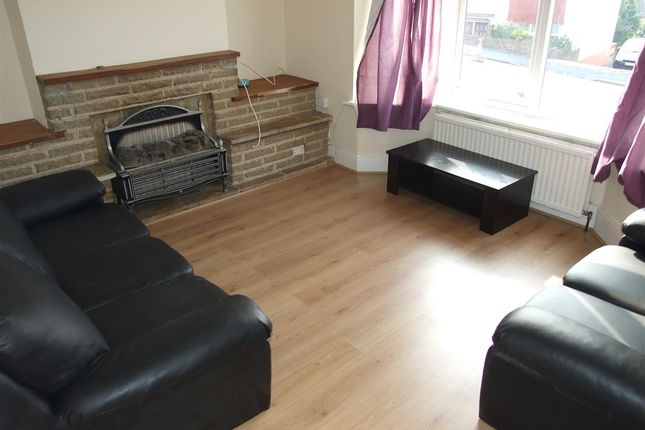 Thumbnail Property to rent in Widdicombe Way, Brighton