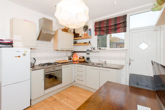 Thumbnail Flat for sale in Vesper Road, Leeds, West Yorkshire