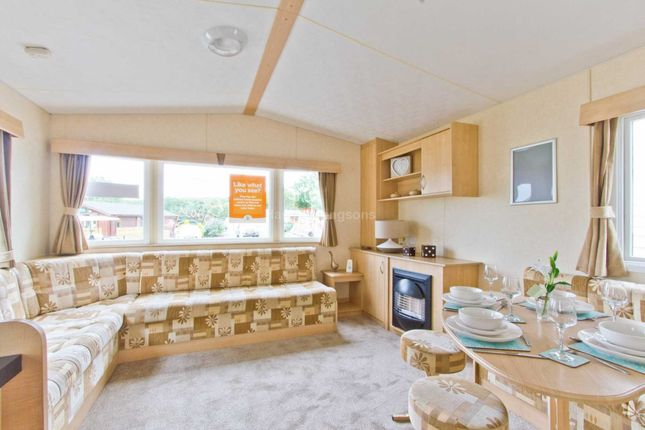 2 bed mobile/park home for sale in Castle View, Witton Le Wear, Bishop Auckland