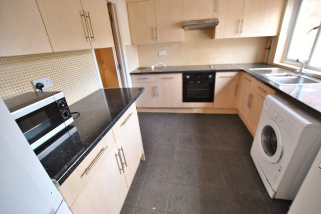 6 bed end terrace house to rent in Bosanquet Close, Uxbridge, Middlesex