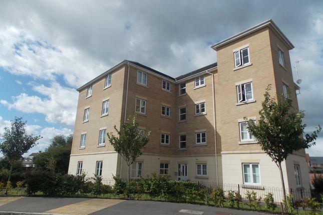 Thumbnail Flat to rent in Melusine Road, Swindon