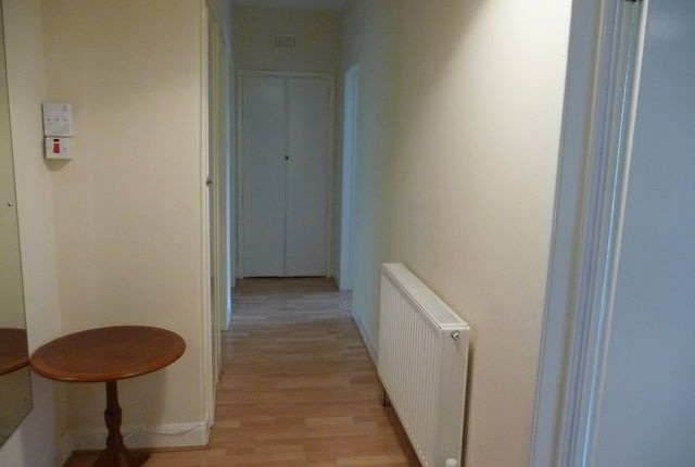 Thumbnail Flat to rent in Burnfield Road, Mansewood, Glasgow, Lanarkshire G43,