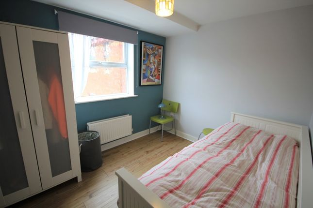 Bedroom Two of Stirling House, Silver Street, Reading RG1