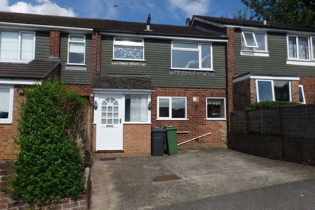 3 bed terraced house to rent in Anchor Road, Kingsclere RG20