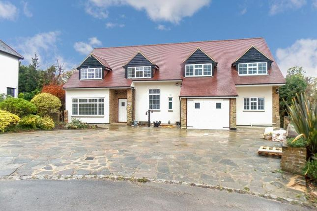 Thumbnail Detached house to rent in Heathside Close, Moor Park, Northwood