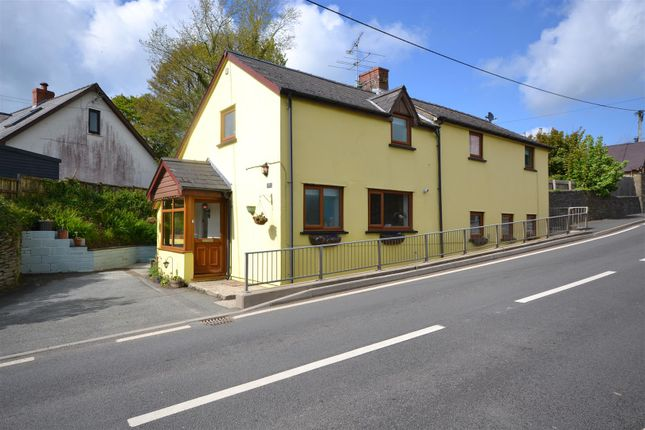 Thumbnail Cottage for sale in Eglwyswrw, Crymych