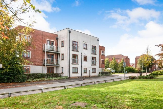 Thumbnail Flat to rent in Hines Court, Basingstoke