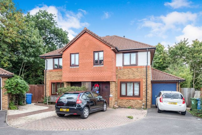 Thumbnail Semi-detached house to rent in Corn Croft, Warfield