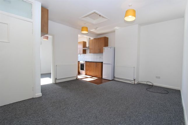Thumbnail Flat to rent in Harvil Road, Harefield, Uxbridge