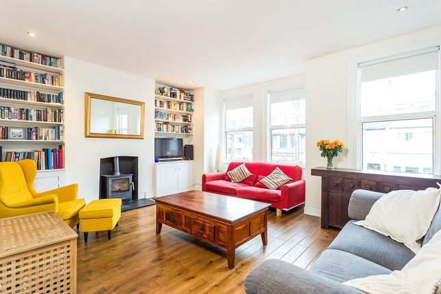 Thumbnail Flat for sale in Maldon Road, London